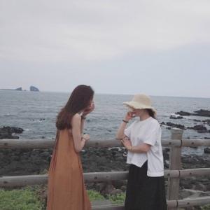 """차예련, 가수 왁스와 제주도서 포착 """"내 사랑 왁스 언니"""""""